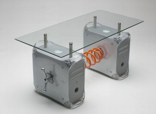 Recycler Des Apple G4 En Table Basse, Une Chouette Idée Geek