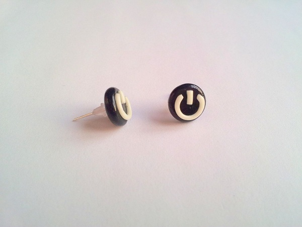 boucle-oreille-power-button (2)