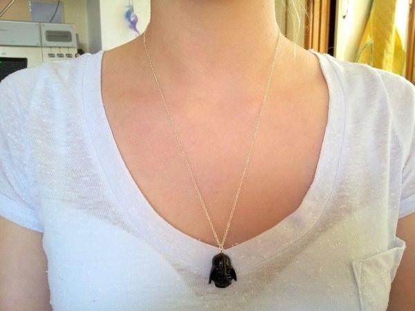 pendentif-dark-vador (1)
