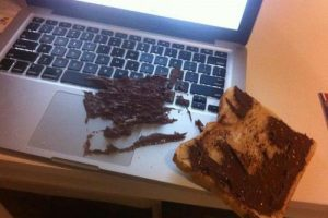 tartine-nutella-clavier-ordinateur-fail