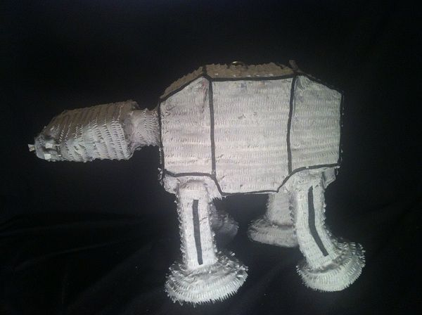 Star-wars-at-at-pinata [600 x 488]