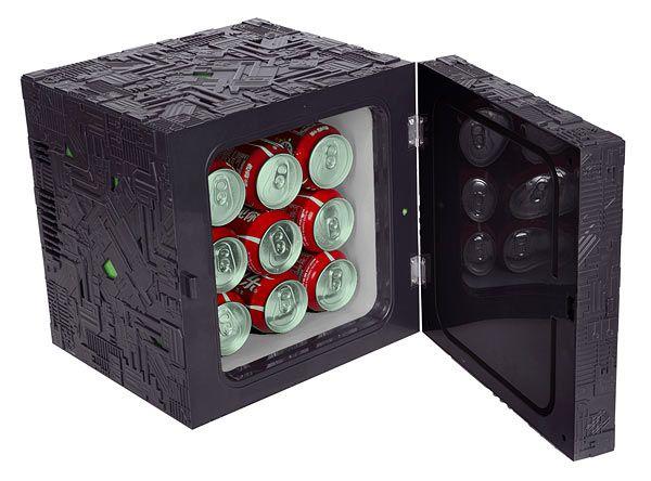 borg-cube-fridge-frigo-mini-bar-star-trek-3 [600 x 444]