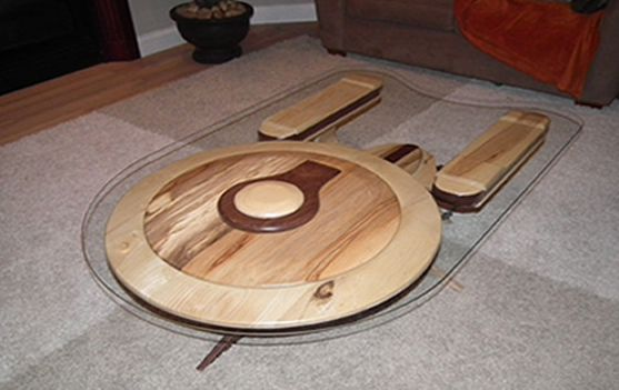 enterprise-star-trek-table-basse [557 x 351]