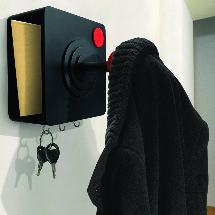 joystick-porte-manteau-2 [700 x 700]