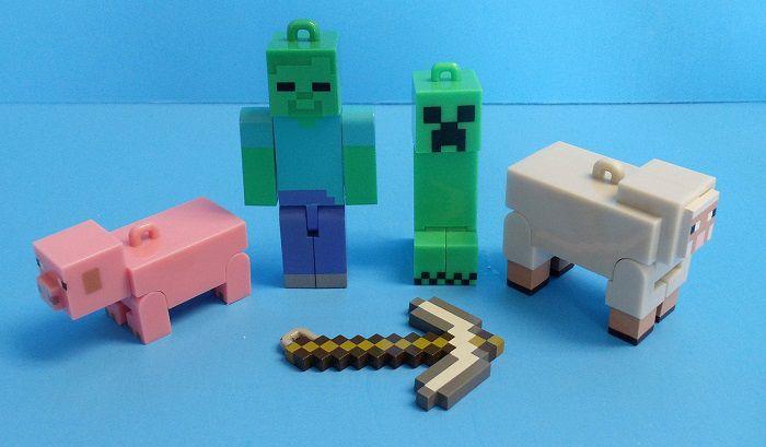Minecraft-decoration-sapin-noel-pack-2 [700 x 409]