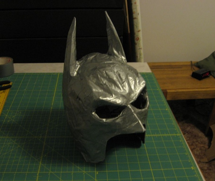 batman-masque-diy-3 [750 x 633]