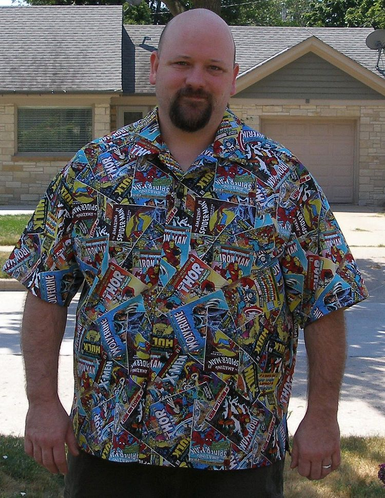 chemise-hawaienne-marvel-classic [750 x 971]