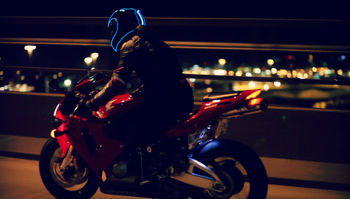 lightmode-casque-moto [700 x 397]