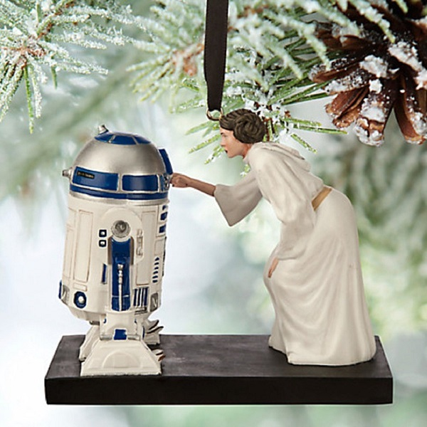 star-wars-princesse-leia-r2d2-figurine-noel-sapin-decoration-600-x-600