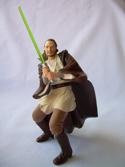 star-wars-qui-gon-jinn-figurine-noel-sapin-decoration-600-x-600