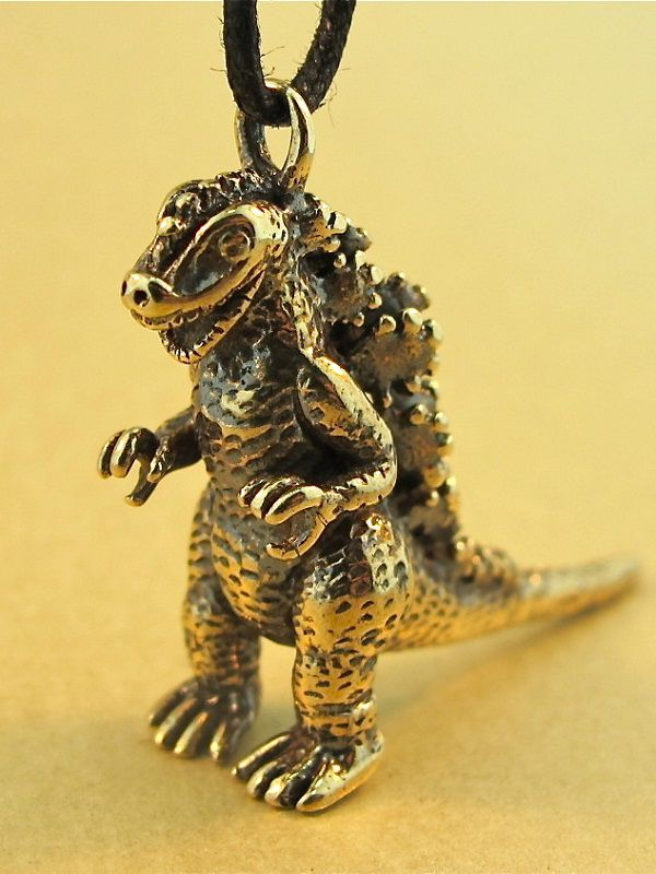 Godzilla-pendant-6 [600 x 800]