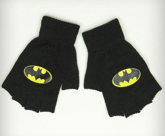 batman-gloves-gant-mitaine-logo [575 x 473]