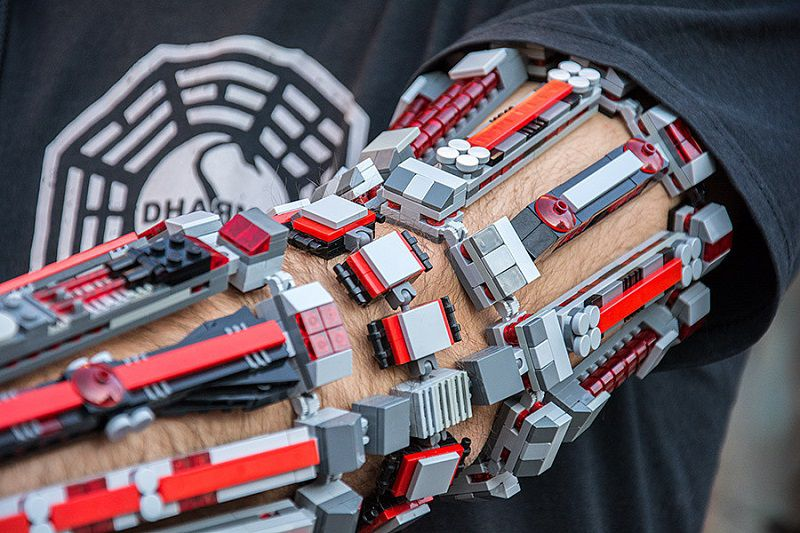 bras-arm-exosquelette-lego-8 [800 x 533]