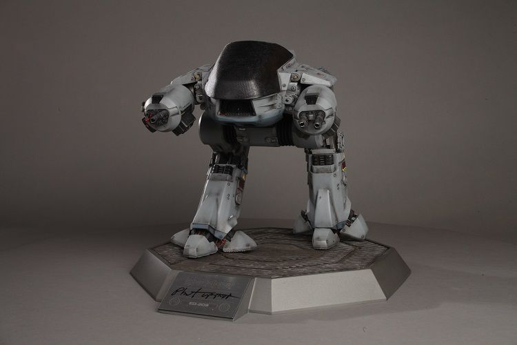 robocop-ed209-figurine-collector-phil-tippett-4 [750 x 500]