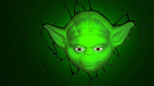 Yoda-tete-lampe-murale-Star-Wars-relief-3D-led-2 [640 x 360]
