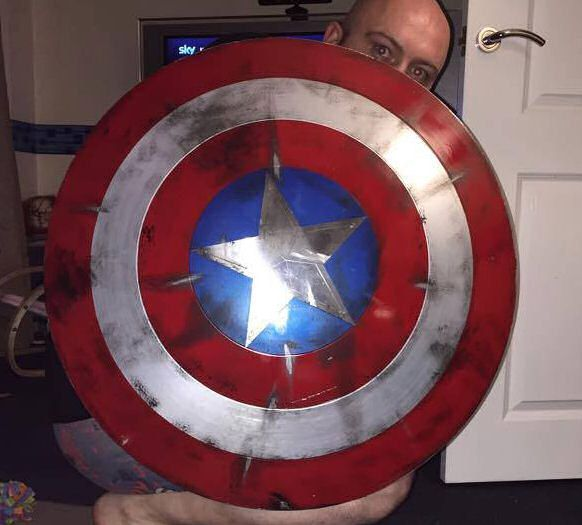 bouclier-shield-captain-america-used-use-cosplay-accessoire [582 x 525]