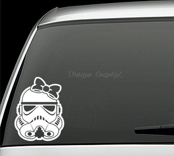 autocollant-star-wars-voiture-stormtrooper-fille [598 x 537]