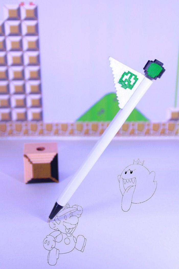 mario-stylo-flagpole-drapeau-niveau-super-bros-8-bit [700 x 1050]