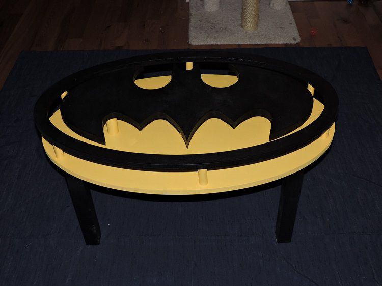 table-batman-basse-logo-vintage [750 x 562]