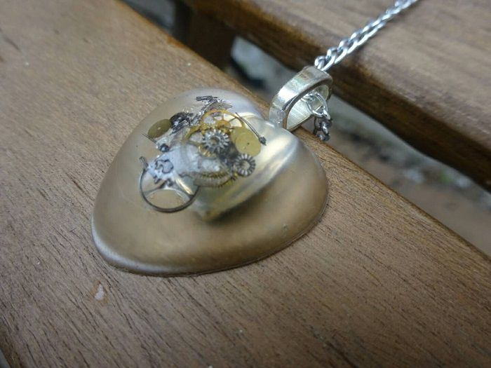 pendentif-steampunk-coeur [700 x 525]