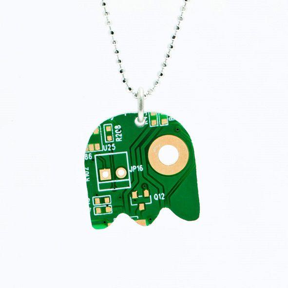 pendentif-circuit-imprime-ordinateur-pac-man [591 x 591]