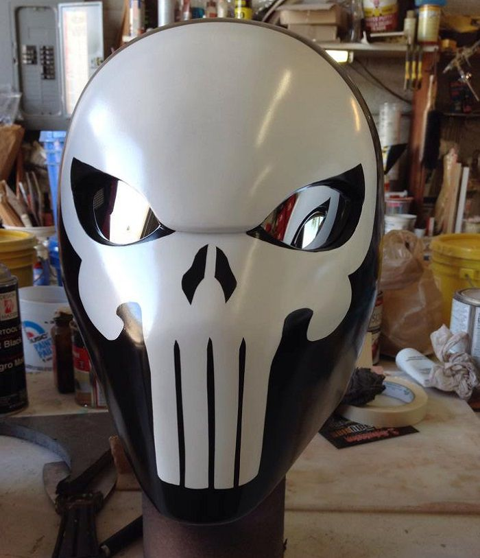 casque-the-punisher-cosplay [700 x 813]