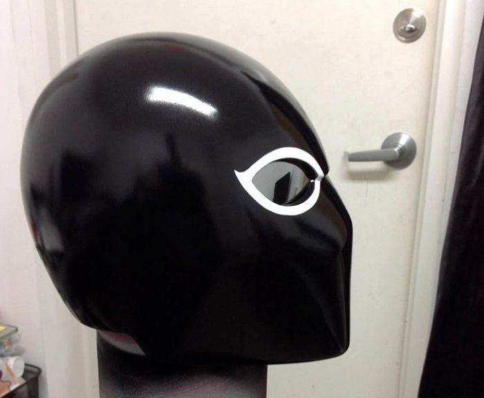 casque-venom-agent-venin-cosplay [700 x 576]