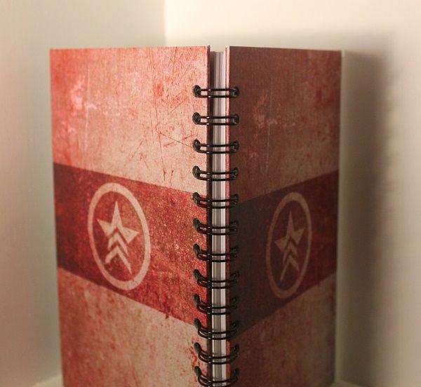 notebook-bloc-notes-mass-effect-renegat-jeu-video-gaming [600 x 552]