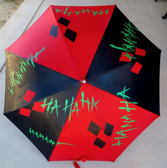 parapluie-harley-quinn-dc-comics [700 x 705]