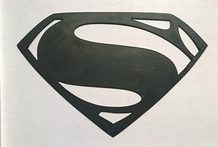superman-dc-comics-logo-panneau-mural-metal-acier-plaque-decoration [700 x 472]