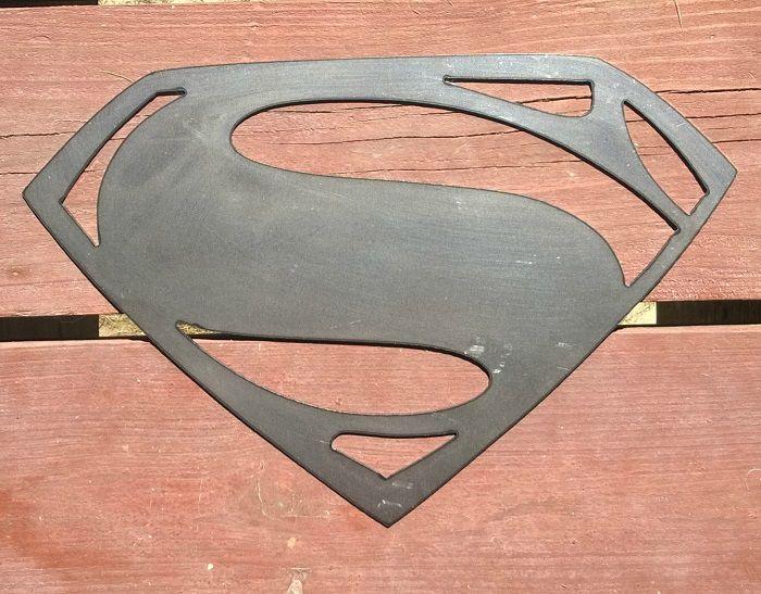 superman-dc-comics-logo-panneau-mural-metal-acier-plaque-decoration [700 x 547]