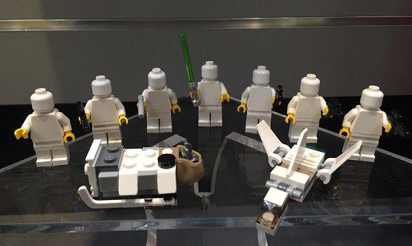 calendrier-de-avent-lego-star-wars-2016-figurine-contenu-6 [600 x 450]