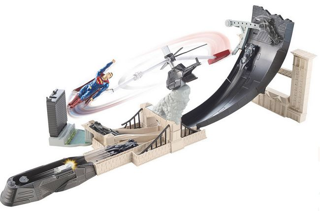 hot-wheels-circuit-batmobile-2016-batman-v-superman-city-chase [650 x 429]