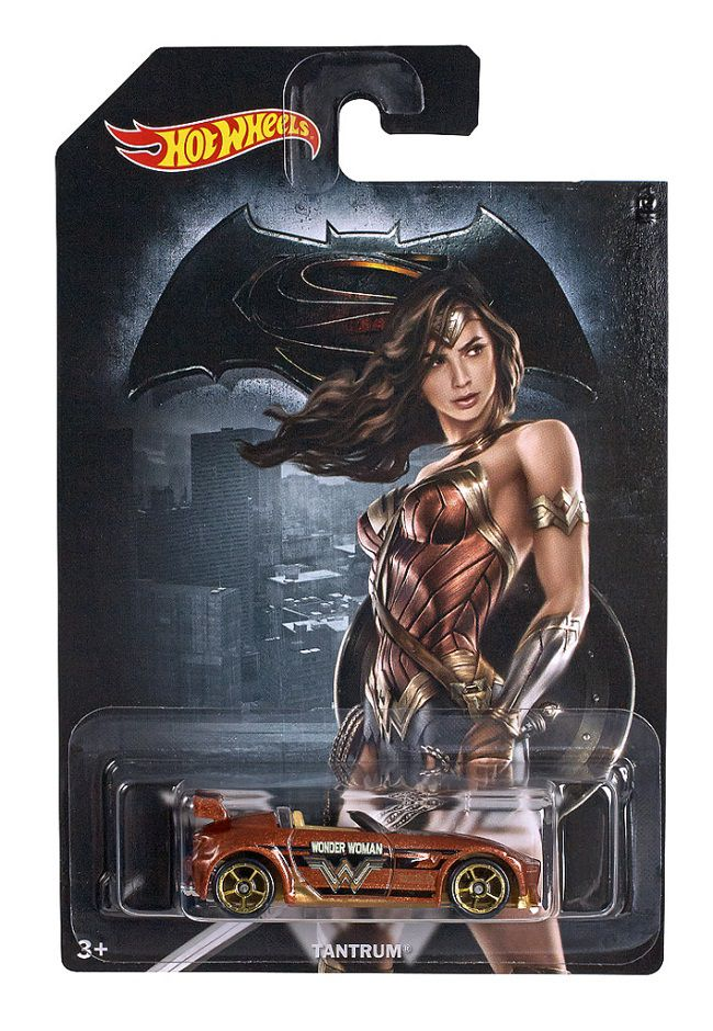 hot-wheels-wonder-woman-batman-v-superman-voiture-tantra [650 x 940]
