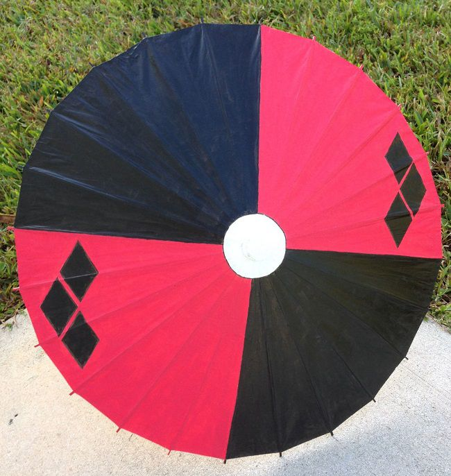 ombrelle-parasol-harley-quinn-dc-comics-japonaise-chinoise [650 x 686]