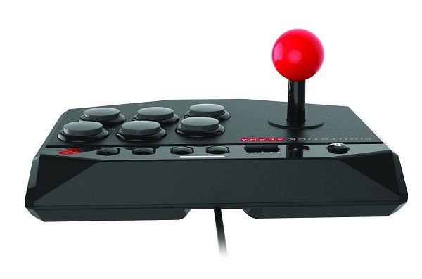 street-fighter-5-V-arcade-fight-stick-mad-catz-alpha-controleur-arrière [600 x 600]