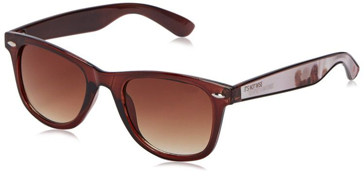 star-wars-lunettes-soleil-chewbacca-2-wayfarer-foster-grant [750 x 359]