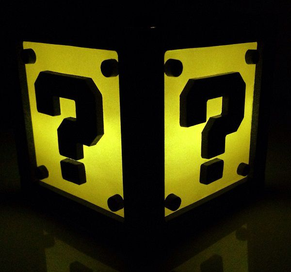 super-mario-bros-question-boite-lumiere-light-box-nintendo-decoration [600 x 561]