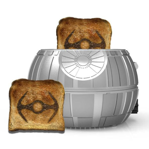 star-wars-grille-pain-etoile-mort-death-toaster [600 x 600]