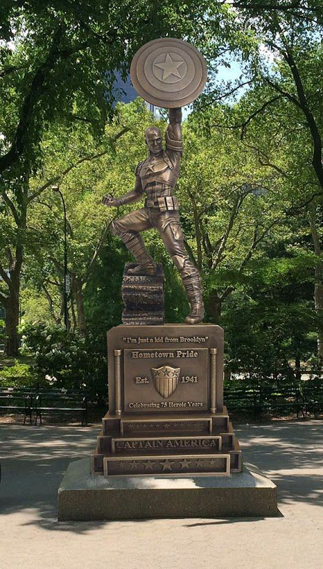 statue-captain-america-marvel-brooklyn [469 x 826]
