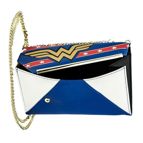 wonder-woman-sac-pochette-porte-monnaie-main-dc-comics-metal-2 [600 x 600]