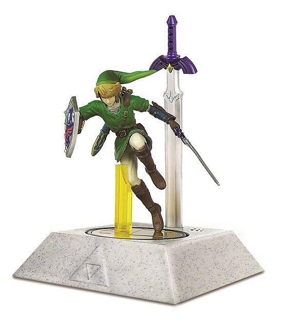 zelda-master-sword-amiibo-nintendo-support-presentoir-stylet-figurine [600 x 634]