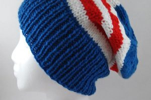 bonnet-tricot-avengers-une-600-x-600