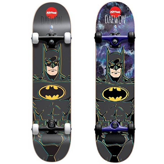 dc-comics-batman-classic-skateboard-almost-planche-650-x-650