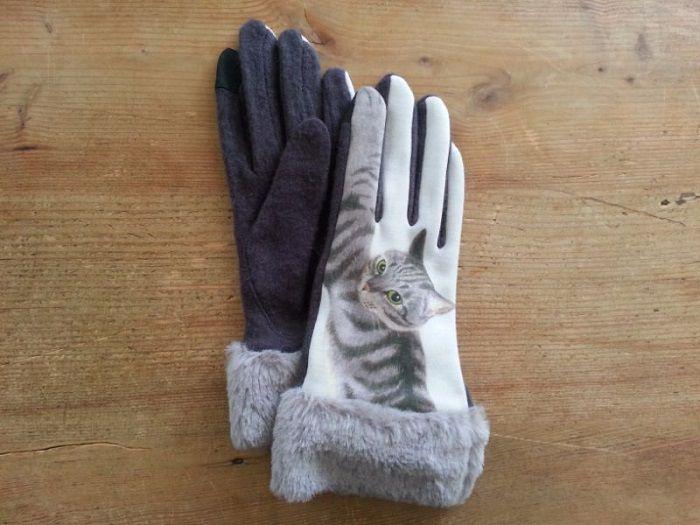 gants-chat-patte-tactiles-ecran-smartphone-tablette-700-x-525