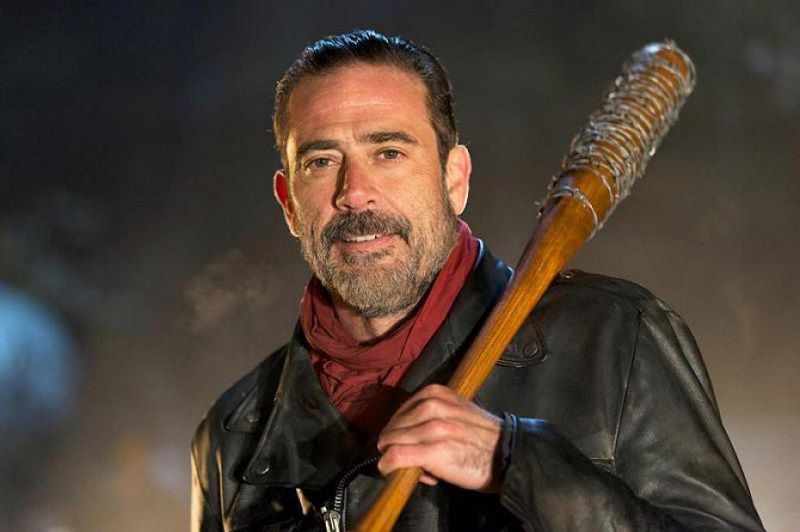 negan-lucille-the-walking-dead-800-x-532