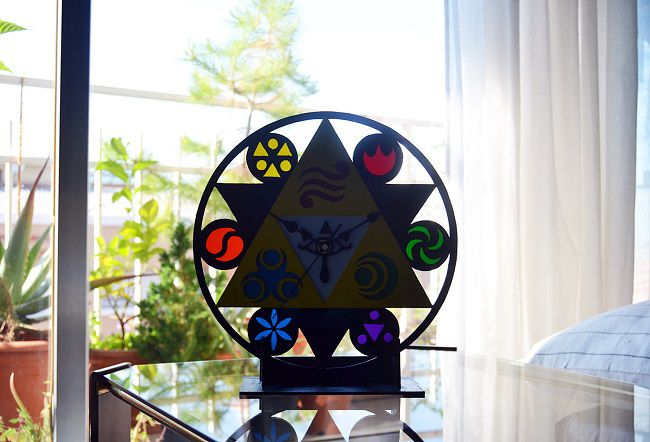 horloge-triforce-legend-of-zelda-nintendo-650-x-442