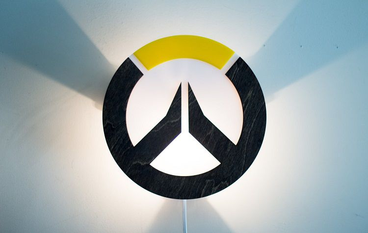 lampe-overwatch-logo-mur-750-x-475