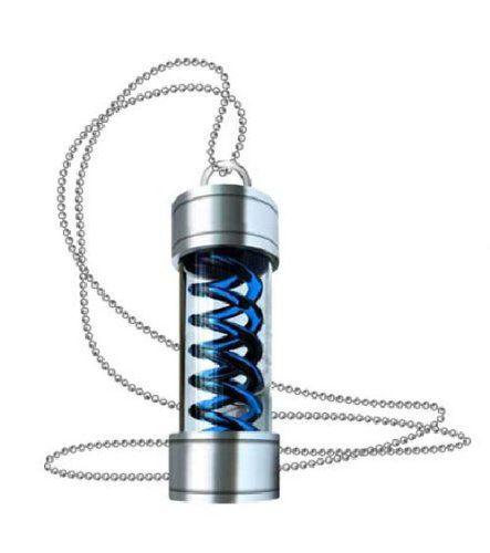 pendentif-resident-evil-capsule-virus-t-medaillon-bleu-capcom-443-x-500