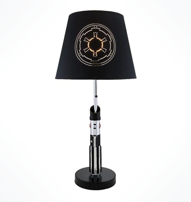 2 lampes sabre laser star wars luke skywalker dark vador. Black Bedroom Furniture Sets. Home Design Ideas